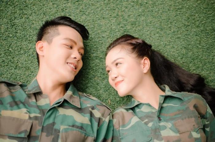 Bộ ảnh của đôi bạn trẻ Hoàng Nghĩa và Mỹ Vân đến từ trường ĐH Tôn Đức Thắng (TPHCM)