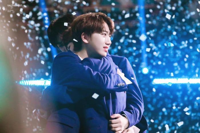 100 khoảnh khắc khóc cạn nước mắt của các thực tập sinh tại đêm chung kết Produce X 101 ảnh 61
