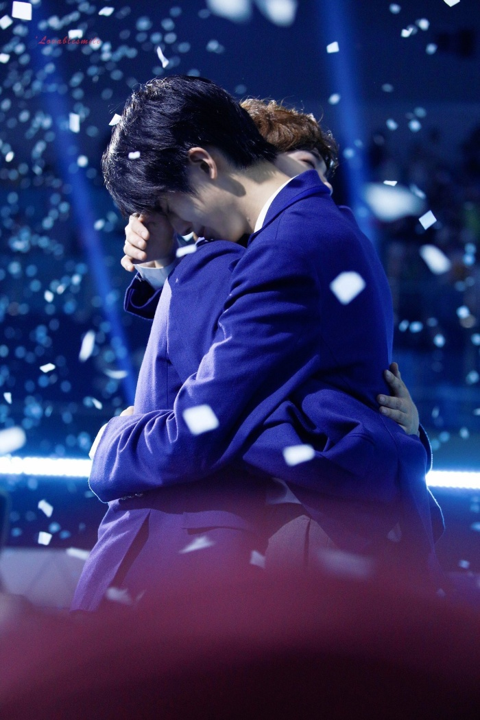 100 khoảnh khắc khóc cạn nước mắt của các thực tập sinh tại đêm chung kết Produce X 101 ảnh 23