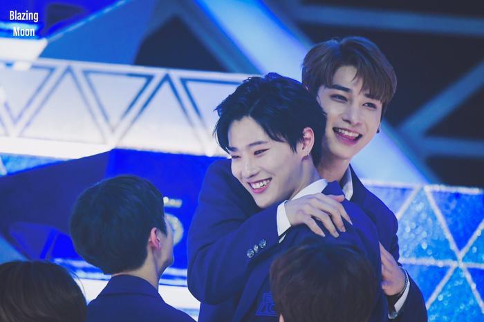 100 khoảnh khắc khóc cạn nước mắt của các thực tập sinh tại đêm chung kết Produce X 101 ảnh 69