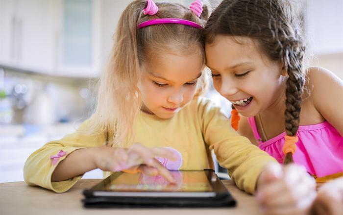 Facebook có thể phải đối mặt với khoản tiền phạt rất lớn từ FTC (Ủy ban Thương mại Liên bang) vìtiếp tục để người lạ gạ gẫm trẻ em qua ứng dụng Messenger Kids. (Ảnh:Christina Davis)