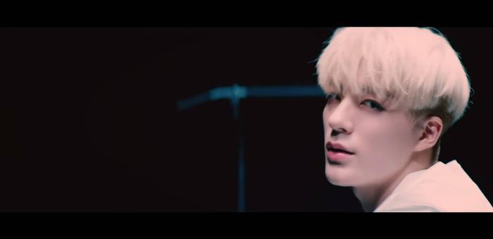 NCT Dream thay đổi ngành nghề liên tục trong teaser MV We Got That: Từ võ sĩ, hoạ sĩ, ca sĩ cho đến kiếm sĩ ảnh 2