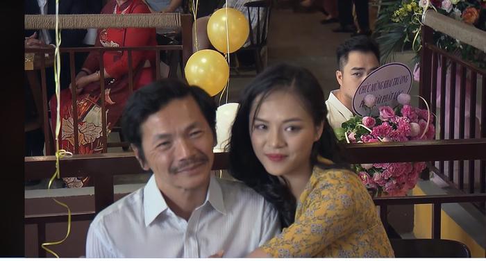 Preview Về Nhà Đi Con tập 72: Huệ khai trương quán trà mới, Khải có mặt đến chúc mừng vợ cũ