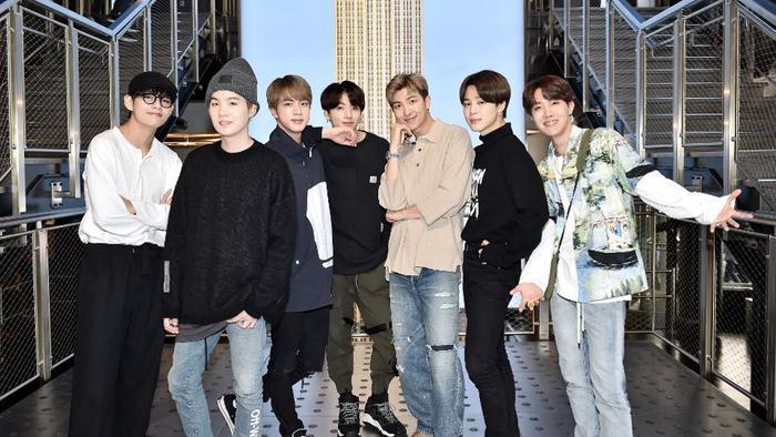 Boy With Luv của BTS được đề cử tại MTV VMAs 2019.