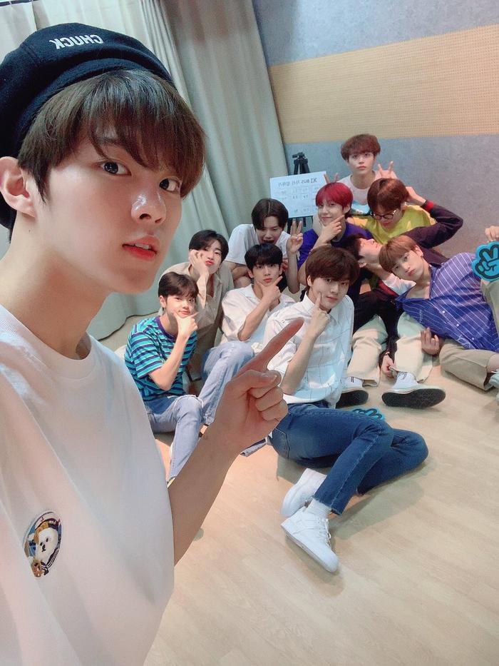Produce X 101: Công ty quản lý 20 thực tập sinh họp thảo luận, X1 sẽ debut với 12 thành viên bao gồm Lee Jin Hyuk? ảnh 3