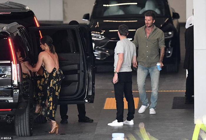 Gia đình Beckham được phát hiện trong một buổi đi xem nhà tại Miami