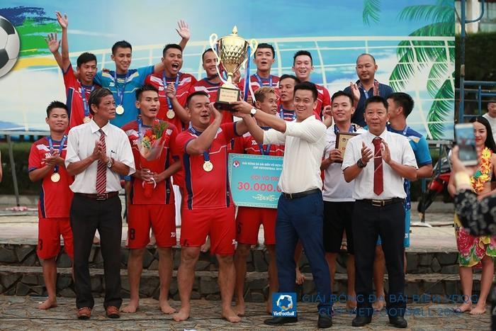 Đội Khánh Hòa vô địch giải VĐQG bãi biển 2019 nhưng mọi thứ đang trở thành câu chuyện gây chấn động với băng ghi âm dàn xếp.