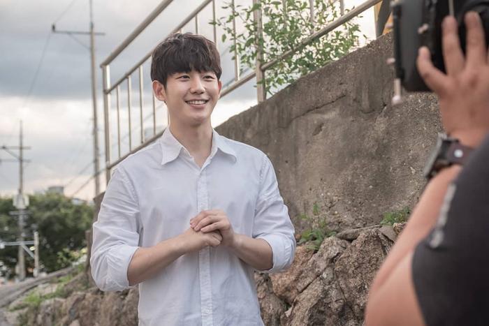 Mối tình ngọt ngào, rung động trái tim của Jung Hae In và Kim Go Eun trong phim Tune in for Love ảnh 9