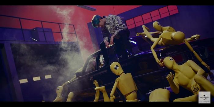 Taemin (SHINee) khẳng định danh hiệu cỗ máy nhảy với vũ đạo quyến rũ trong teaser MV Famous ảnh 4