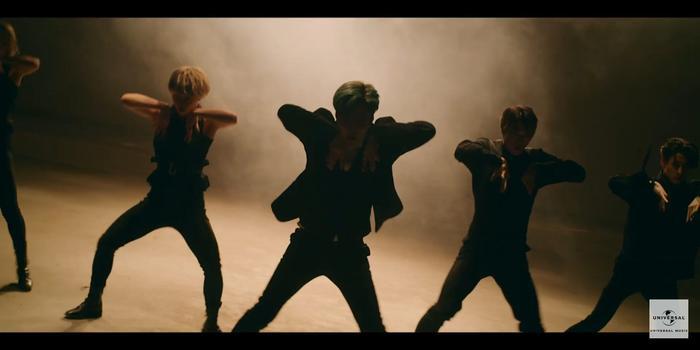 Taemin (SHINee) khẳng định danh hiệu cỗ máy nhảy với vũ đạo quyến rũ trong teaser MV Famous ảnh 5