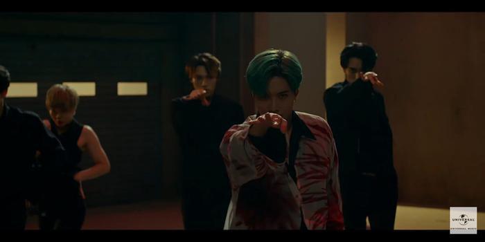 Taemin (SHINee) khẳng định danh hiệu cỗ máy nhảy với vũ đạo quyến rũ trong teaser MV Famous ảnh 6