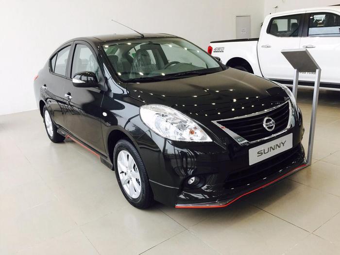 Nissan Sunny được bán ra tại Việt Nam với 3 phiên bản XL, XR-Q, XV-Q cùng mức giá dao động từ 498 - 568 triệu đồng.