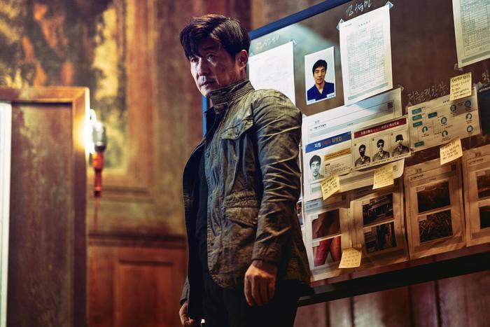 Jang Ki Yong ngầu lòi  Kim Ah Joong đốt mắt người xem với thân hình quyến rũ trong Bad Guys: The Movie ảnh 6