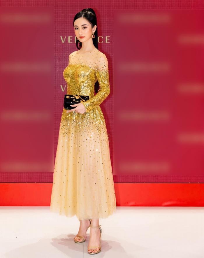 Báo Thái Lan: Jun Vũ là nữ minh tinh xinh đẹp và quyến rũ của Việt Nam ảnh 4