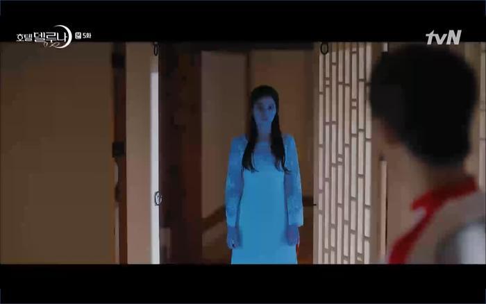 Phim Hotel Del Luna tập 5: IU nổi trận lôi đình khi Yeo Jin Goo dám đồng ý kết hôn với hồn ma ảnh 29