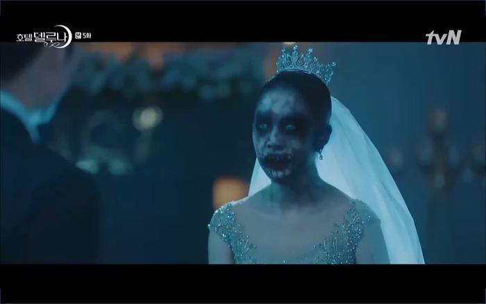 Phim Hotel Del Luna tập 5: IU nổi trận lôi đình khi Yeo Jin Goo dám đồng ý kết hôn với hồn ma ảnh 42