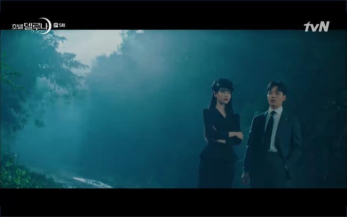 Phim Hotel Del Luna tập 5: IU nổi trận lôi đình khi Yeo Jin Goo dám đồng ý kết hôn với hồn ma ảnh 55