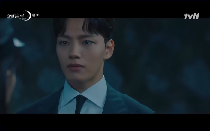 Phim Hotel Del Luna tập 5: IU nổi trận lôi đình khi Yeo Jin Goo dám đồng ý kết hôn với hồn ma ảnh 57