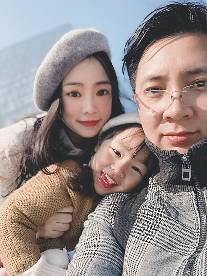 Cả gia đình rất hay đi du lịch cùng nhau.