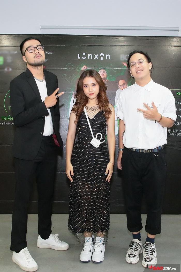 Lộn Xộn Band đem gần 10 ca khúc mới chuẩn bị 'chiêu đãi' khán giả trong liveshow 'Tự Dưng 2019'.