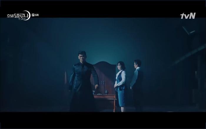 Phim Hotel Del Luna tập 6: IU ghen và giận dỗi vì Yeo Jin Goo gặp bạn gái cũ ảnh 60