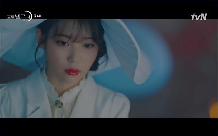 Phim Hotel Del Luna tập 6: IU ghen và giận dỗi vì Yeo Jin Goo gặp bạn gái cũ ảnh 41