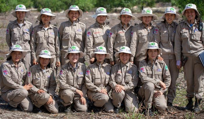 Đội phá bom toàn nữ đầu tiên của tỉnh Quảng Trị được thành lập từ năm 2015.