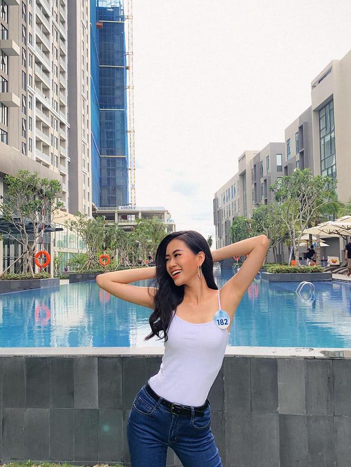 Thạch Thảo từng đạt danh hiệu Á khôi Miss Photo 2017.