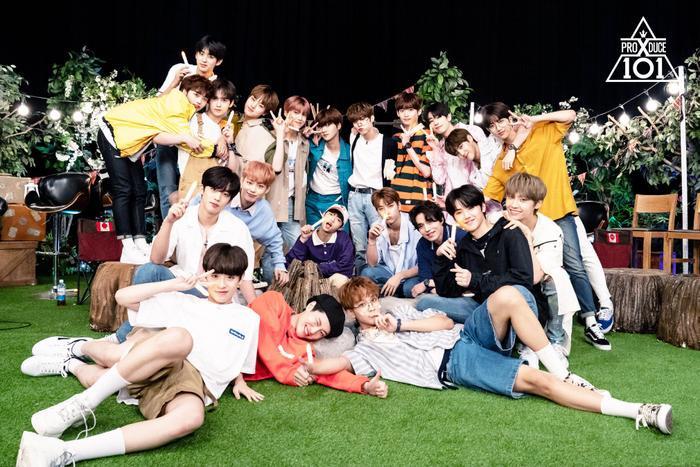 Produce X 101: Công ty quản lý 20 thực tập sinh họp thảo luận, X1 sẽ debut với 12 thành viên bao gồm Lee Jin Hyuk? ảnh 1