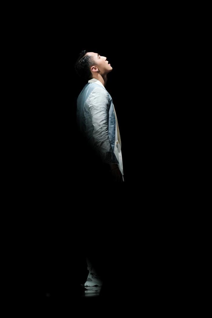 Tối ngày 28/7, nam ca sĩ Sơn Tùng M-TP đã chính thức khai pháo đêm diễn đầu tiên nằm trong khuôn khổ của chuỗi chương trình Sky Tour 2019.