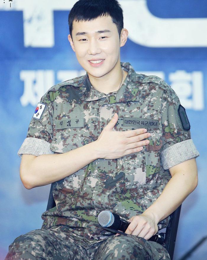 Sunggyu, Onew và Jo Kwon chia sẻ về những khó khăn khi nhập ngũ ảnh 3