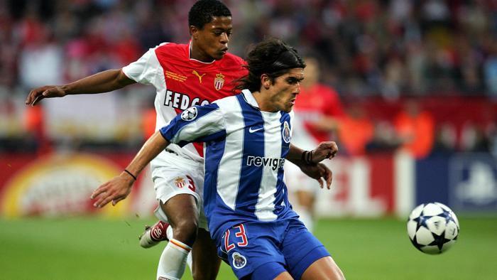Evra rực sáng trong màu áo Monaco, là tiền đề cho những bước đi huy hoàng sau này.