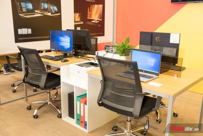 Dành riêng cho nhóm các nhà thiết kế và chuyên gia sáng tạo:HP cung cấp danh mục màn hình HP Z G2 và máy trạm HP Z2 G4.