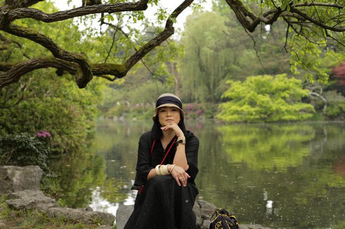 Ở tuổi U50, cô Văn Thuỳ Dương vẫn rất xinh đẹp.