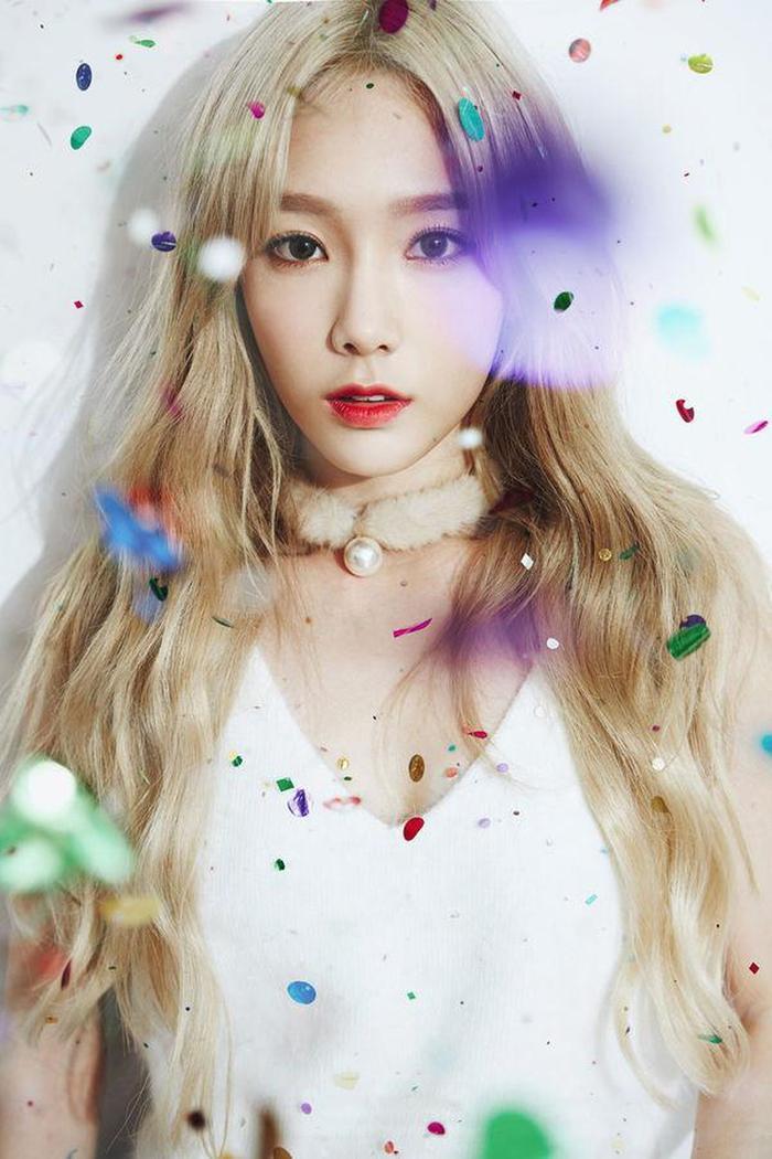 Cùng vớiFour Season, A Poem Titled Youcủa Taeyeon cũng giúp cô nàng trở thành nghệ sĩ đầu tiên có 2 mànAllkillsau khi BXH có thêm hệ thốngFLO chart.