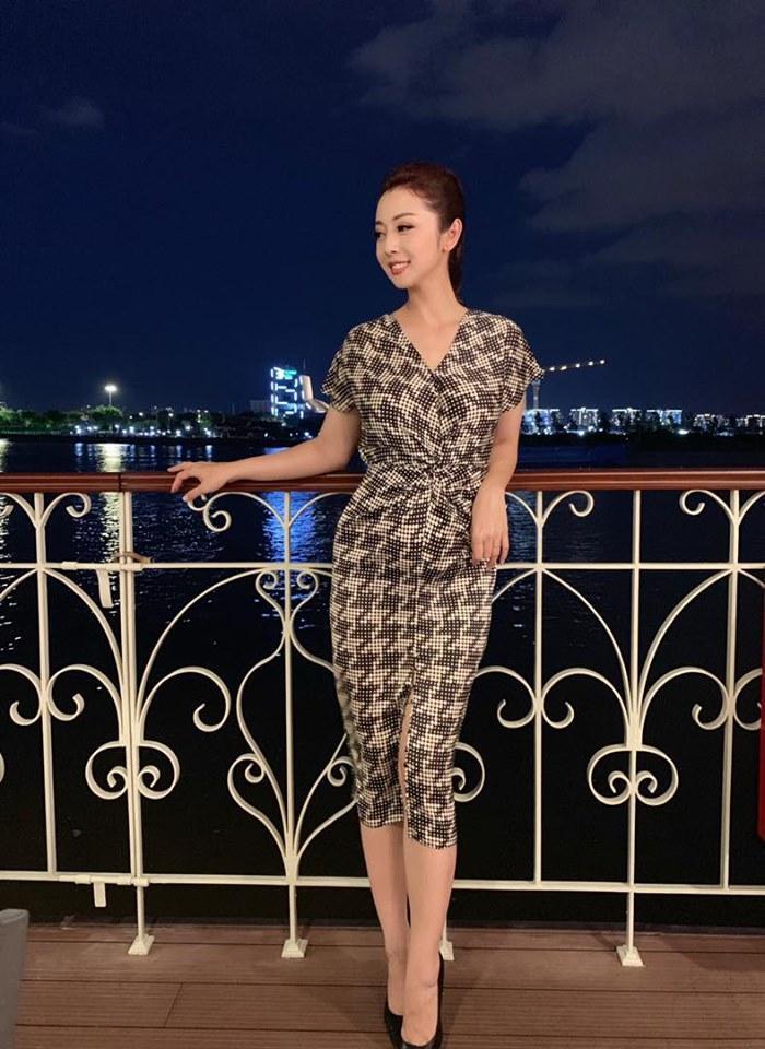 Bức hình được Jennifer Phạm đăng kèm thông báo mang thai của mình