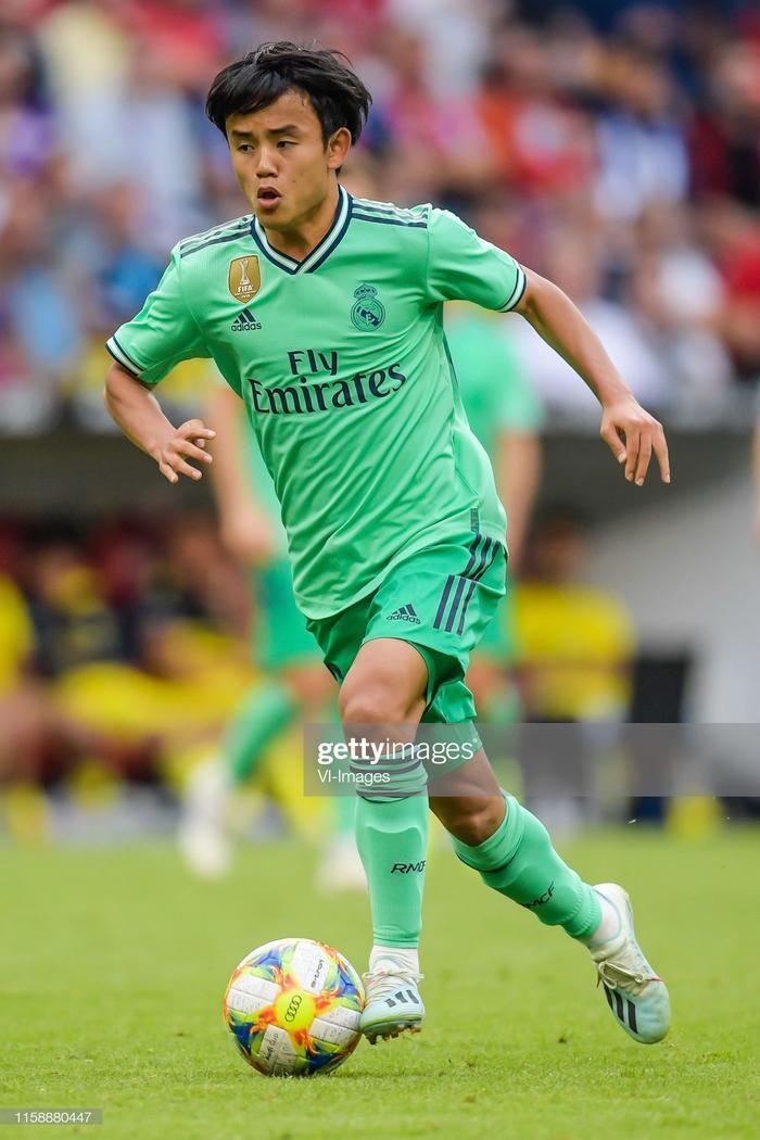 Cầu thủ Nhật Bản đầu tiên trong lịch sử Real Madrid, Takefusa Kubo đang khiến báo chí Tây Ban Nha choáng ngợp vì những ấn tượng mà anh tạo ra trọng trận gặpFenerbahce sáng nay.