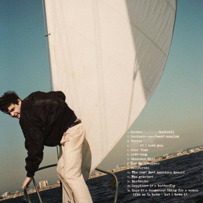 Album lần này bao gồm 14 ca khúc.