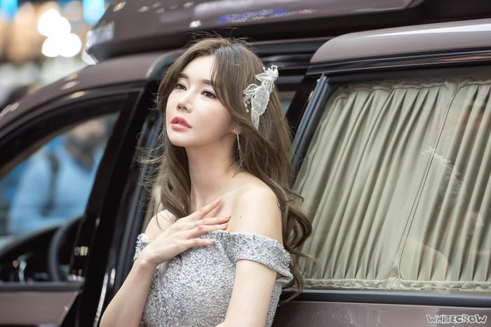 Ca sĩ hàng đầu Kangta (H.O.T) lộ clip hôn người mẫu 'rẻ tiền' tại phòng tắm hơi, Knet nói gì?