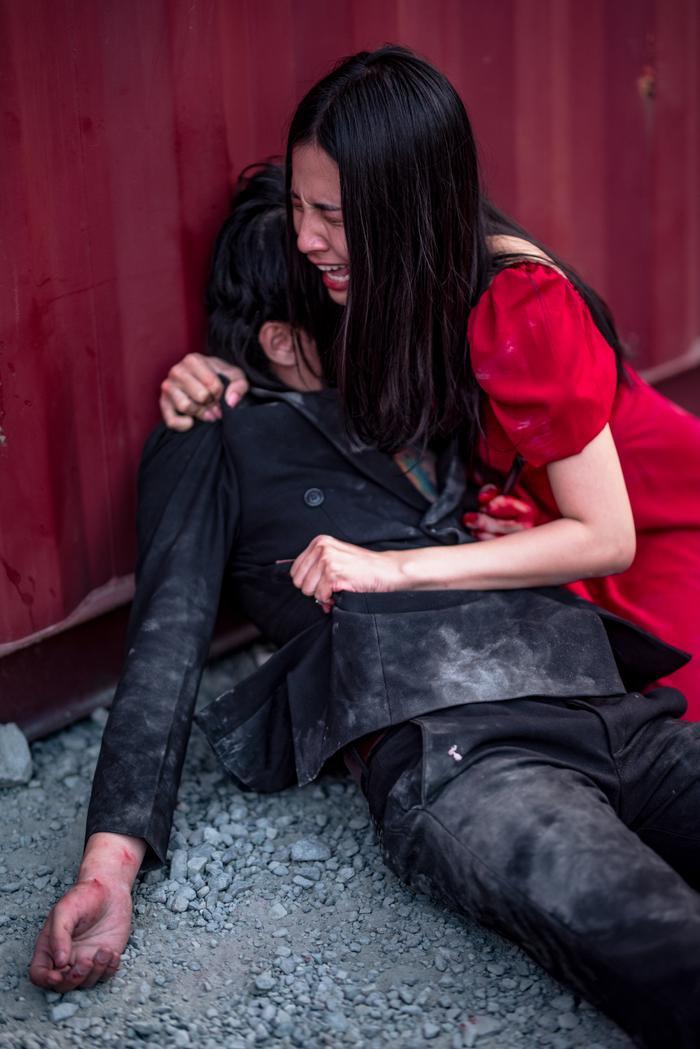Đối với Thiên An, cô ấn tượng với cảnh quay cuối cùng của phim khi lột tả sự đau đớn đến cùng cực khi nhìn thấy người mình yêu thương ra đi.
