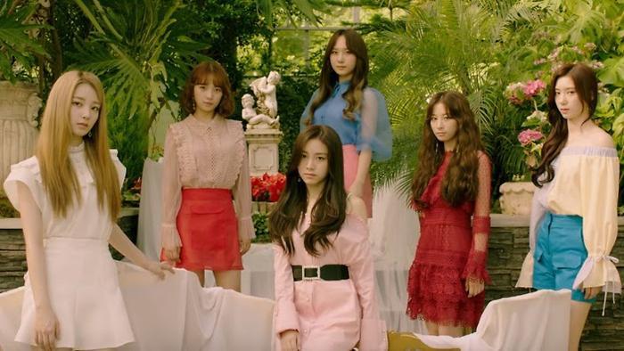 Lịch comeback  debut của loạt nghệ sĩ Kpop trong tháng 8/2019: Bạn đã nắm trong tay? ảnh 13