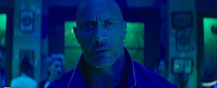 Hobbs  Shaw: Chẳng cần tới Toretto, Fast  Furious vẫn có thể ăn nên làm ra với mô típ đua xe hành động ảnh 1
