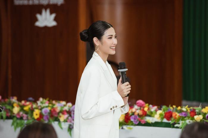 Hoàng Thùy tâm huyết với dự án WE mang đến Miss Universe: Làm gì khi bị chê bai nhan sắc? ảnh 8