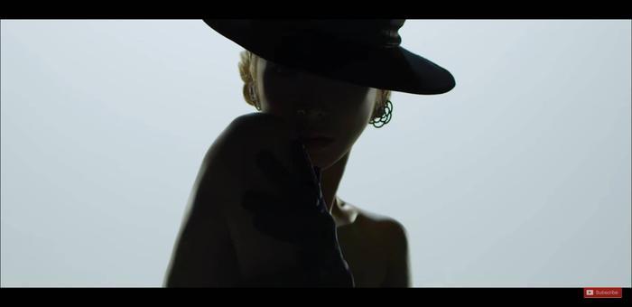 Tiffany ngày càng chứng tỏ sự trưởng thành của mình không chỉ trong hình ảnh mà còn cả giọng hát.