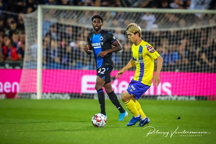 Công Phượng và đồng đội dù rất cố gắng nhưng không thể có được điểm số trước Club Brugge quá mạnh.