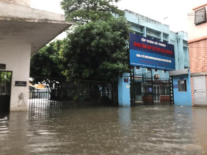 Mưa lớn khiến nhiều khu vực bị ngập.