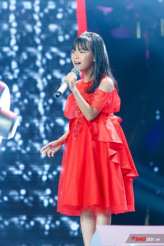 Vương Hồng Thuý, 10 tuổi đến từ Hà Nội.