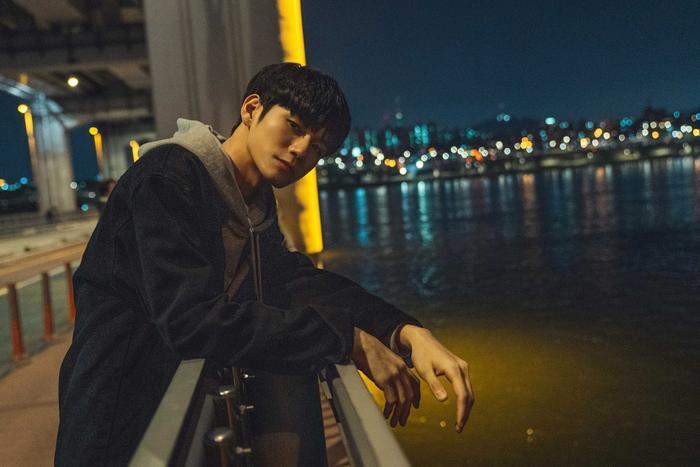 Ong Seong Woo (Wanna One) trong Khoảnh khắc tuổi 18: Lại thêm một idol có diễn xuất gây chú ý! ảnh 21