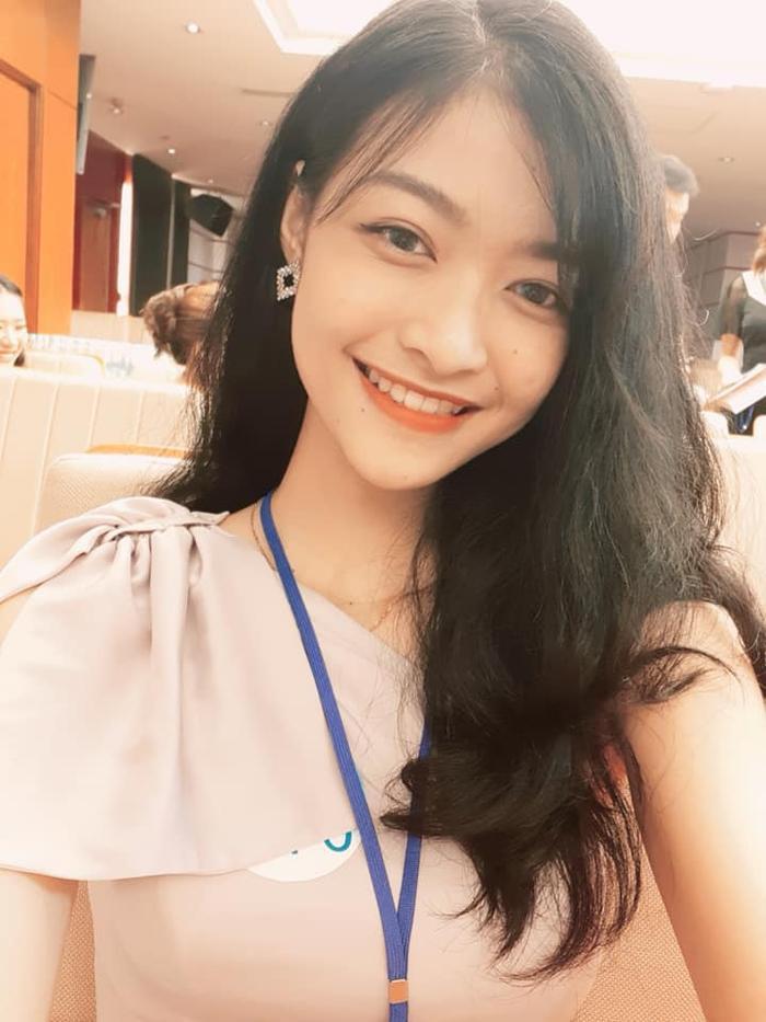 Miss World Vietnam 2019: Hoa hậu và Á hậu 2 khoá facebook, và đây là chân dung Á hậu 1 ảnh 10