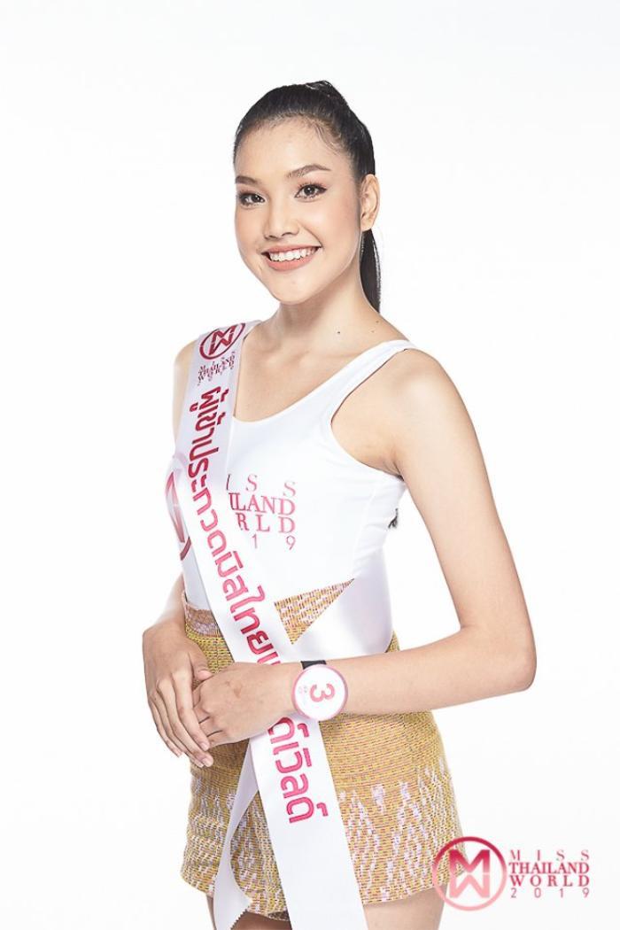 Hoa hậu Thế giới Thái Lan 2019 ghi điểm nhờ tài năng ứng xử linh hoạt, tự tin và lập luận sắc bén.